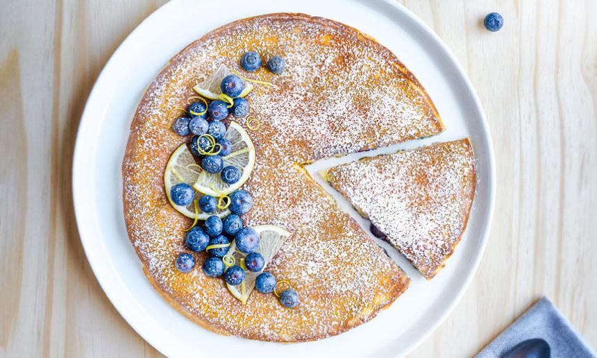 Crêpe épaisse façon gâteau de Savoie et Myrtilles