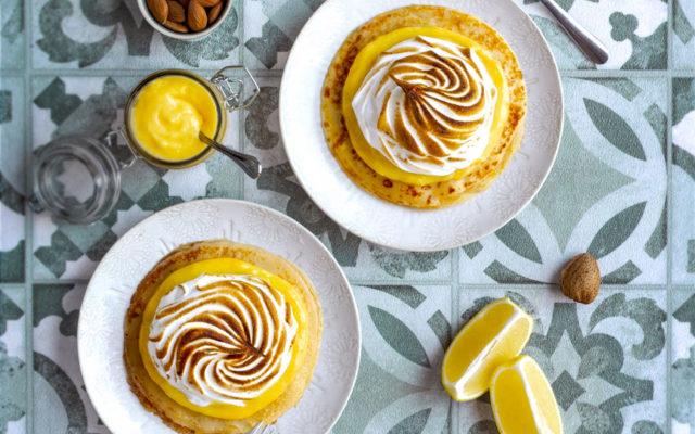 Mini crêpes comme une tarte au citron de Menton et aux amandes